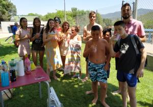 En el taller de begudes saludables es van ensenyar a fer combinats amb sucs, fruites, xarops, sucre, begudes gasoses, begudes energètiques