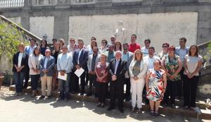 Foto de família dels membres del nou Consell Comarcal del Baix Penedès
