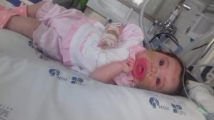 Los padres de Matilde han conseguido dos millones de euros para pagar «el medicamento más caro del mundo»