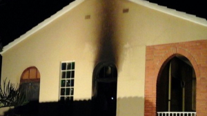 Imatge de com ha quedat l'edifici dels Pallaresos després de l'incendi