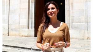 Imatge de la portaveu de Cs al Parlament i candidata a la Generalitat, Lorena Roldán, després de l'atenció als mitjans a les portes de l'Ajuntament de Tarragona