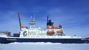 Imatge del trencaglaç 'RV Polarstern' durant l'expedició