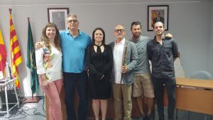 Imatge dels nous cinc regidors i l'alcalde de l'Ajuntament de Banyeres del Penedès.