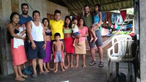 Jordi Queral i Nil Camprubí, a la comunitat de Chachajo