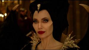 La ganadora del Oscar, Angelina Jolie como la villana en 'Maléfica: Maestra del Mal' (2019)