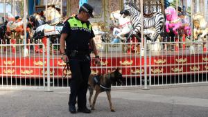 La patrulla canina de Salou detecta substàncies estupefaents i psicotròpiques