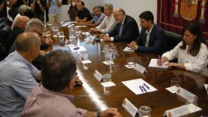 La trobada entre el subdelegat del govern espanyol i els alcaldes del Baix Gaià.