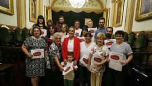 L'acte de lliurament de premis, presidit per l'alcaldessa de Valls, Dolors Farre, s'ha celebrat aquest migdia al Saló de Plens.