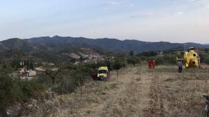 L'ambulància i l'helicòpter del SEM, al lloc dels fets