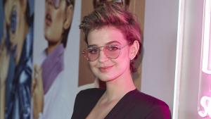 Laura Escanes no va dubtar en lluir un gran escot en un acte promocional