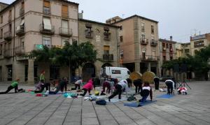 Les activitats començaran a les 9.00 h del matí amb una sessió de ioga, que seguirà amb un taller de taitxí i dansa oriental
