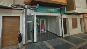 Oficina de Cajamar en la localitat de Torreblanca, lloc a on es va produir l'atracament