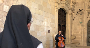 Pla obert on es pot veure el músic Ferran Bardolet