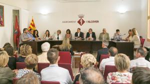 Ple de l'Ajuntament d'Alcover on s'ha definit el nou cartipàs municipal.