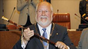 Salvador Esteve, expresident de la Diputació de Barcelona, durant la seva presa de possessió