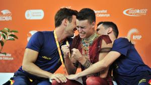 Sergio Canales celebra el bronze als World Roller Games amb el Reus Deportiu.