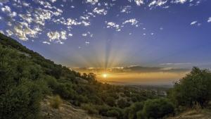 Siguen los amaneceres muy templados y las tardes tórridas este fin de semana