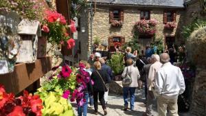 Un dels carrers de Bagergue, a la Val d'Aran