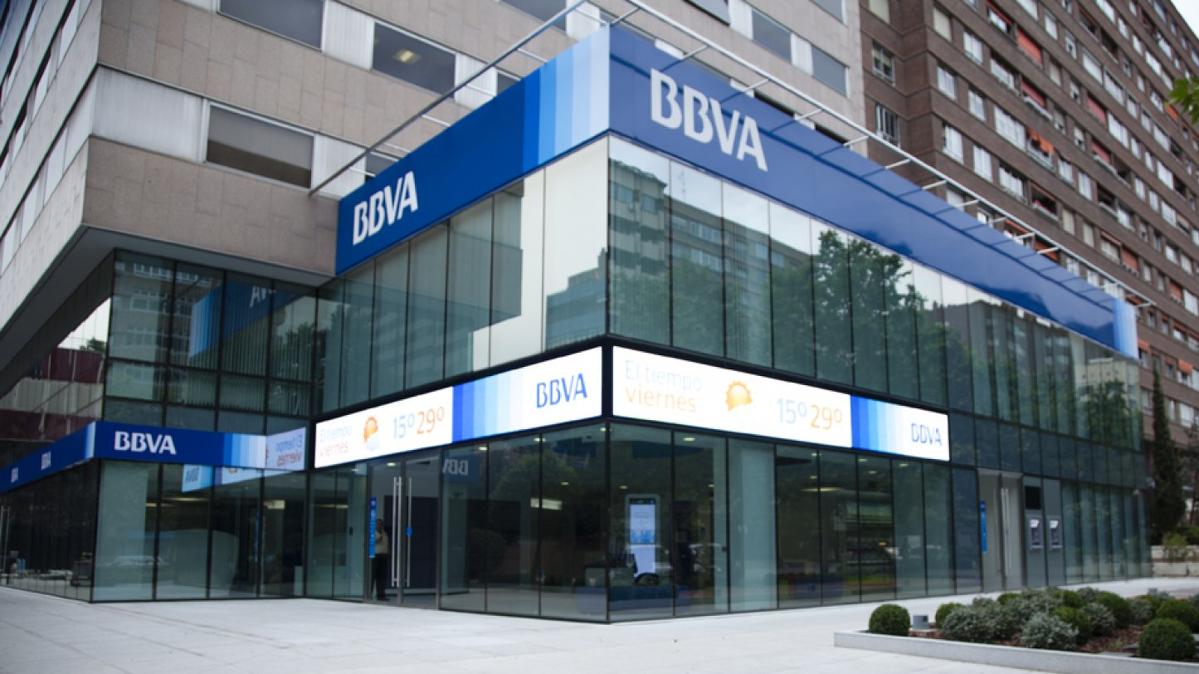 BBVA suprimirà el servei de «caixa» on els clients fins ara podien fer transaccions amb diners en efectiu a les finestretes