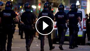Agents de la BRIMO dels Mossos, en una imatge d'arxiu de l'atemptat de Barcelona del 2017.