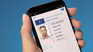 Así podría ser nuestro carnet de conducir digital según la revista de la DGT