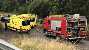Com a conseqüència de l'impacte, la conductora i el passatger davanter van resultar ferits en estat crític