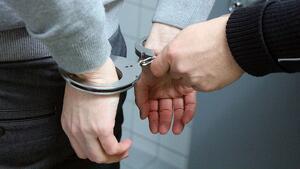 Detinguts mentre escapaven en moto amb una caixa forta robada a Barcelona