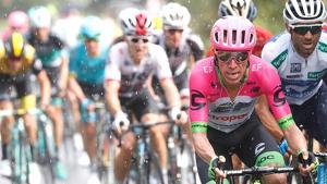 Diversos ciclistes, en una imatge d'arxiu
