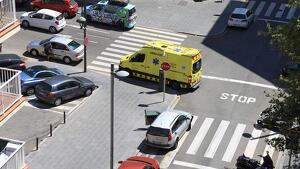 Dues ambulàncies del SEM s'han desplaçat al lloc dels fets a les 15.39 hores