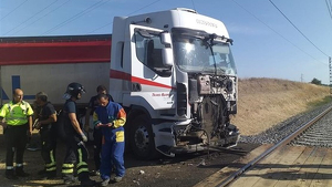 Camion accidente tren