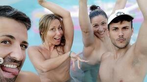 El divertido topless veraniego de Rosa López