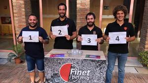 El sorteig de l'ordre d'actuació de la diada de Sant Magí ha comptat amb la participació de quatre representants de les colles de la ciutat.