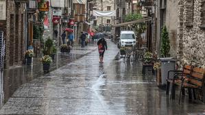 Feia més de dos mesos que no plovia tant al Pirineu i a Ponent