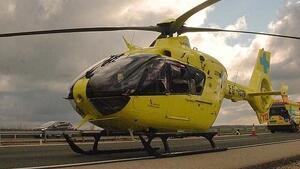 Imagen de un helicóptero medicalizado de los servicios de emergencias de Castilla y León