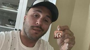 Imagen del colgante que Kiko Rivera está subastando