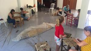Imatge de l'anterior taller de sarga que es va fer a Vimbodí i Poblet.
