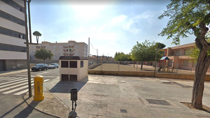 Imatge del transformador d'Endesa del carrer Ebre de Torreforta.