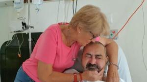 Jesús, junto a su mujer Araceli, está ingresado en un hospital de Punta Cana y debe pagar más de 20.000 dólares de factura