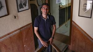 Kenneth Martínez, a l'Ajuntament del Vendrell.