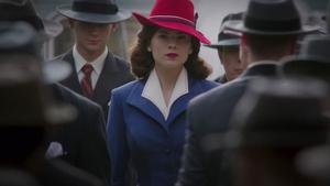 La Agente Carter (Atwell) estará en la temporada 7 de 'Agents of Shield
