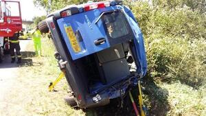 La furgoneta quedó en este estado tras el accidente