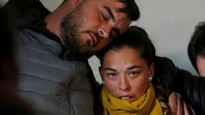 La madre de Julen, Vicky, explicó a la Guardia Civil que lo escuchó llorar mientras caía