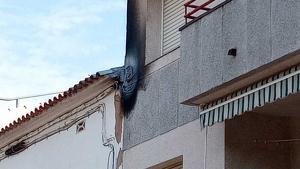La sobrecàrrega ha causat un petit incendi a la plaça dels Vents d'Altafulla