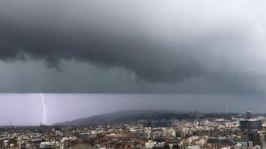 La tempesta descarregant sobre Barcelona