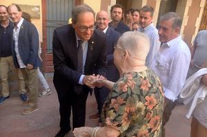 La visita del president de la Generalitat es va iniciar a les instal·lacions de l'Ajuntament
