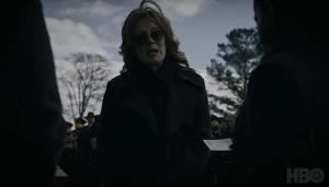 Lauren Blake (Jean Smart) ex Espectro de Seda, estará en la ficción