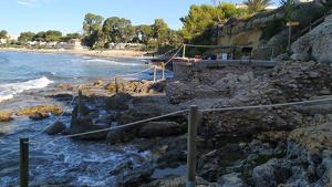 Les Termes de Mar d'Altafulla daten del segle II i toquen amb el final de la platja