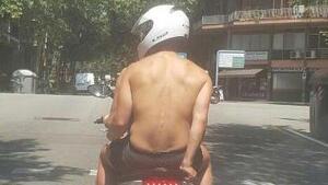 L'ús de jaqueta no és obligatori quan es circula en moto