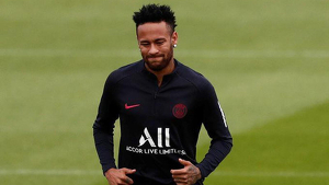Neymar en un dels entrenaments amb el PSG