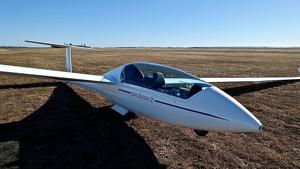 Planeador de vuelo sin motor.